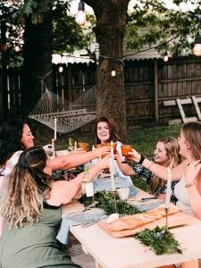 idee outfit cena tra amiche